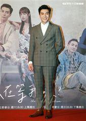 三立網劇「位!你在等我嗎?」演員江可德、班鐵翔。(記者邱榮吉/攝影)