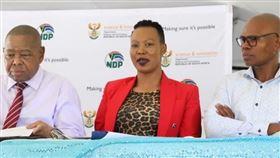 南非通訊部長Stella Ndabeni-Abrahams(圖/翻攝自推特@Stellarated)