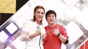 胡瓜和女兒小禎今(15日)進棚錄製《綜藝大集合》。圖/民視提供