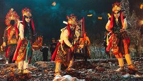 ▲▼《粽邪》完整呈現百年喪葬儀式「送肉粽」的過程。(圖/翻攝自臉書)