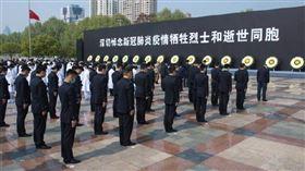 中共「調整」武漢死亡人數…新增千例!陸網友狂讚:好樣的(圖/翻攝自微博)