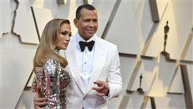 ▲A-ROD和珍妮佛羅培茲(Jennifer Lopez)想買下紐約大都會。(圖/美聯社/達志影像)