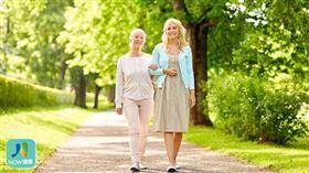 名家專用/NOW健康/參與者每天平均步行7,500步,發現每天步行數比較多的人血壓明顯較低。(勿用)