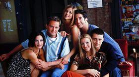 《六人行》是美國90年代開播的長春喜劇。(圖/翻攝自IMDb)