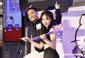 張克帆和王欣晨(Amanda)出席生活工場活動。(圖/記者林聖凱攝影)