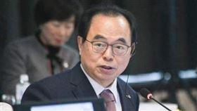 記者會上「自爆性騷女員工」!南韓釜山市長辭職下台▲。(圖/翻攝自吳巨敦臉書)