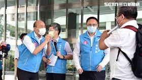 韓國瑜22日出席醫師學者組成的「高雄民間防疫聯盟」 圖/高雄市政府提供