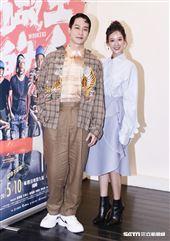 薛仕凌和孟耿如合作拍戲。(圖/記者林聖凱攝影)