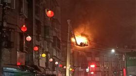 台北,文山區,公寓,火警,頂樓加蓋(圖/翻攝畫面)