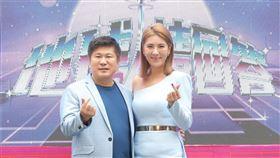 胡瓜,小禎首次合體主持新節目《地球人請回答》。圖/中天提供