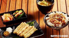 SOGO百貨復興館五一勞動節推出指定美食第2件0元優惠。(圖/業者提供)