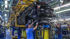 ▲福特瓦倫西亞生產線是重點投資項目,歐洲有50%的Kuga在這裡生產。(圖/翻攝Ford網站)