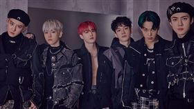 南韓人氣男團EXO。(圖/翻攝自EXO臉書)