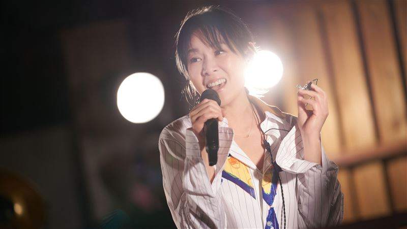 49歲劉若英曝近況 上億人為她淚崩