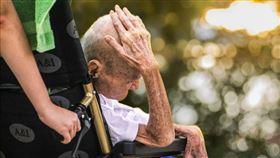 老人家,長照,長輩。(圖/翻攝自Pixabay)