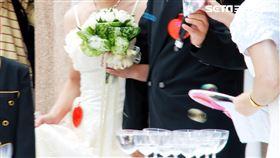 獨/40年前近40間…今「永和最後一間傳統婚紗店」熄燈。(記者/陳韋帆攝影)