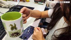 喝咖啡 (圖/李鴻典攝)