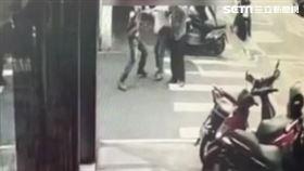 送貨員,毆打,住戶,電梯 記者李依璇攝影