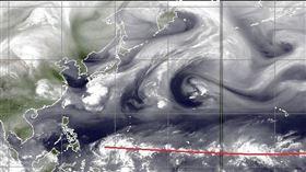 雲團從南半球回來了!鄭明典「一張圖」揭:颱風快出現了(圖/翻攝自鄭明典臉書)