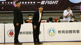 ▲台元總教練邱啟益收下WSBL執教生涯首勝。(圖/中華民國籃球協會提供)