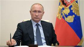 俄羅斯總統蒲亭支持率從3月的63%跌至4月的59%,這是他自1999年9月以來最慘的紀錄。(圖取自twitter.com/KremlinRussia_E)