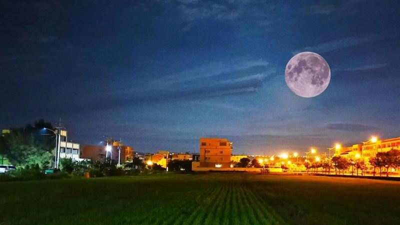 10月尾遇「藍月」 專家曝催財祕法