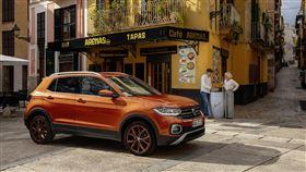 ▲福斯微型展示中心展出熱門車款。(圖/Volkswagen提供)