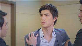 跟鯊魚接吻,羅宏正,鍾瑶,李運慶(台視提供)