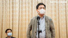 「486先生」陳延昶日前預告,他要做一件讓北京跳腳的事,就在12日,他在立法院副院長蔡其昌協助下,捐贈200萬元加菜金,表達對國軍的慰勞和感謝。 (圖/486團購網)