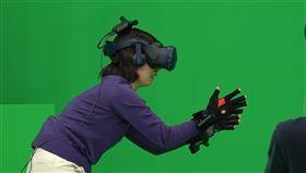 《遇見你》VR技術竟讓分隔兩界的母女得以重逢/車庫娛樂提供