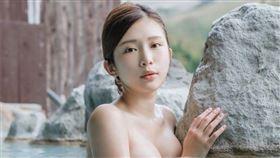 周子瑜,雞排妹,胸部,投票,代表台灣,國民女友,Zuvio校園