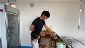 ▲宥勝為慶祝頻道訂閱破十萬,而推出母親節特輯。(圖/宥勝去哪兒 授權)