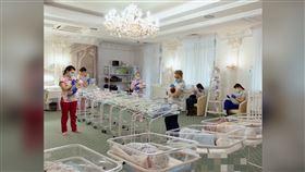 ▲烏克蘭傳出因武漢肺炎疫情影響鎖國,卻導致至少100名代理孕母生的嬰兒受困,只能暫時安置在酒店內,等待外國籍的父母來接回家。(圖/翻攝自生殖中心官方推特)