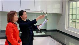 21世紀不動產企劃研究室表示,梅雨季節正好可以檢視房屋是否有漏水、排水問題(圖/21世紀不動產)