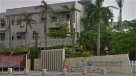 高市鳳林國中(圖)4名學生17日國中會考結束在學校附近與警方聯手擒賊,在校傳為佳話。(圖/翻攝自Google地圖網頁google.com.tw/maps)
