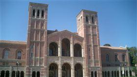 加州大學洛杉磯分校(UCLA) https://www.flickr.com/photos/tatler/17940422/in/photolist-2zX4C-2zWZt-9hZTRB-9hZTRi-9hZTRx-2zXcm-GyMyu-eNuwv-GyRvP-7bAmxf-eNuhN-4mQpbe-eNvr4-dNQq4T-FJoH6-4Rt2Qm-8T4h6r-8VskPT-4pKNDD-9
