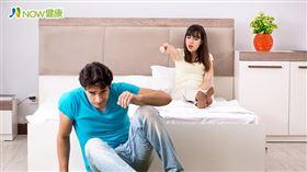 名家專用/NOW健康/老張發現自己晨勃次數越來越少,陰莖硬度變軟像香蕉,性慾一來勃起後3秒軟,老婆氣得想分房睡,找上楊永榮醫師求助。(勿用)