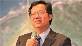桃園市長鄭文燦表示:讓文青國中小成為一個充滿特色的校園(圖/資料照)