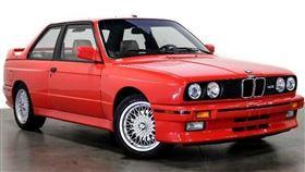 ▲保羅.沃克收藏的BMW E30 M3。(圖/翻攝Reserve Auto Group網站)