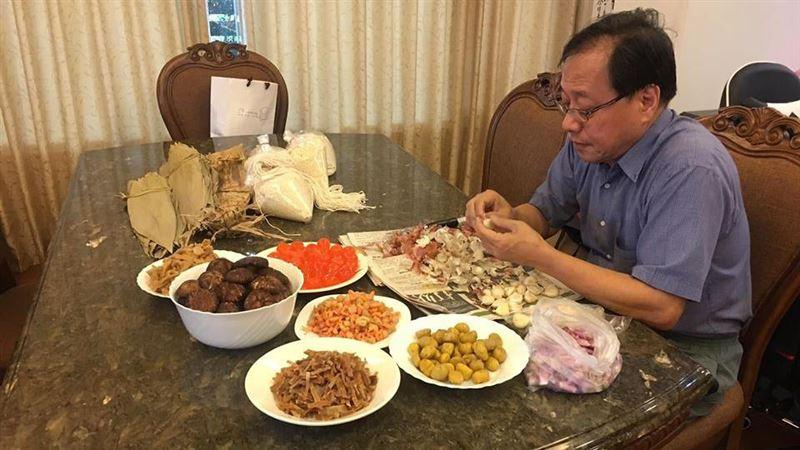 提前包粽子 李來希:我也是一個賢慧的男人,呵呵呵呵