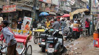 印度疫情惡化 57%人週末限制流動