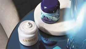 海洋拉娜 La Mer 推出限量版「世界海洋日限定乳霜」。(圖/海洋拉娜 La Mer提供)