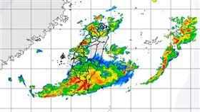 受到鋒面影響,氣象局27日一早針對台南市、高雄市、屏東縣發布豪雨特報,基隆市等13縣市發布大雨特報。圖為上午8時50分雷達回波圖。(圖取自中央氣象局網頁www.cwb.gov.tw)