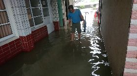高市永安國小積水約20公分