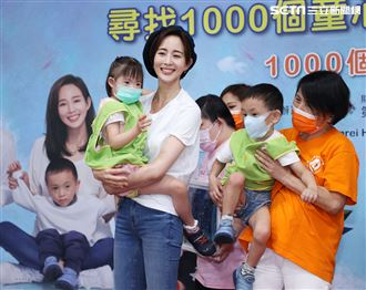 張鈞甯剪掉多年短髮超有個性出席第一社會福利基金會的「1000個童心寶貝守護者」公益活動。(記者邱榮吉/攝影)