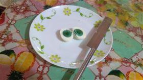 印度,雞蛋,蛋黃,綠色,口感(圖/翻攝自Shihabudheen Ak臉書)