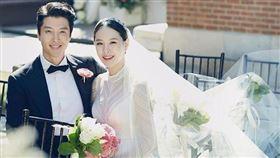 南韓演員李東健在28日突然宣布跟結婚3年的老婆趙胤熙離婚。IG