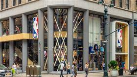 ▲NBA位於紐約第五街的Media Ventures。(圖/翻攝自推特)
