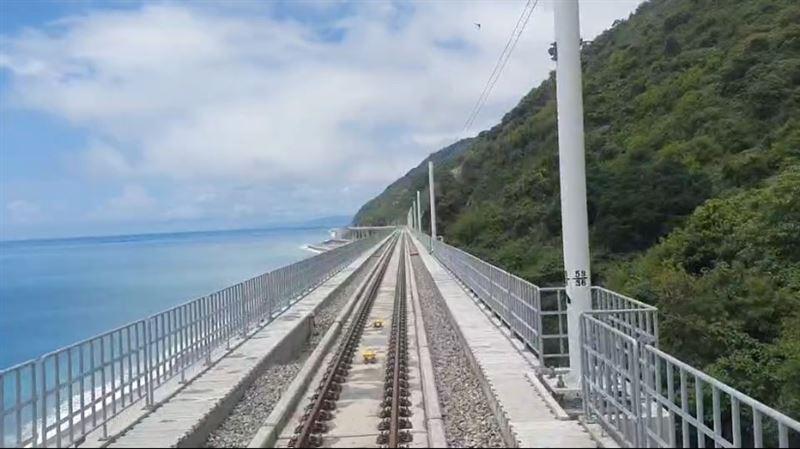 全台最美多良「高架鐵道」通車 耗3年17億民眾讚:美翻