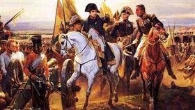 拿破崙征俄出發時兵強馬壯、意氣風發
